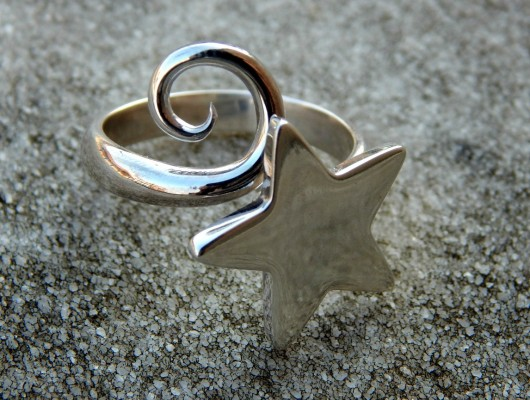 Silver ring with star and spiral (cod.AN.AG.07)