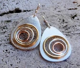 Orecchini in argento con cerchi (cod.OR.AG.04)