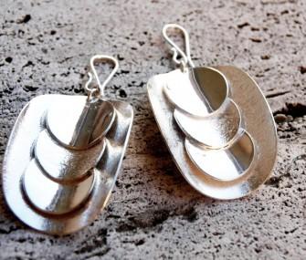 Orecchini in argento con tondi (cod.OR.AG.09)