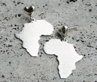Orecchini Africa in argento con aggancio a cuore (cod.OR.AG.61)