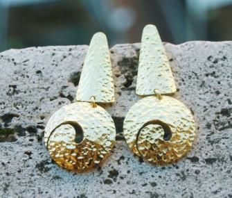 Orecchini in ottone con spirale satinati (cod.OR.OT.06)