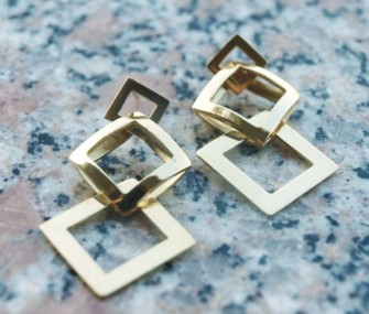 Orecchini in ottone con tre quadrati lucidi (cod.OR.OT.28)