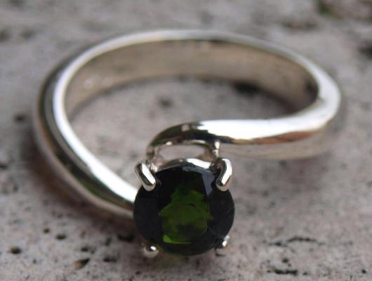 Anello in argento con perla verde (cod.AN.AG.21)