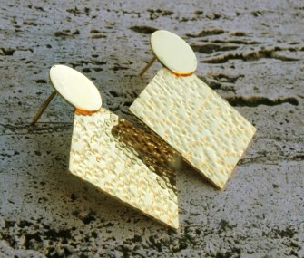 Squared earrings with hammered effect (cod.OR.OT.46)