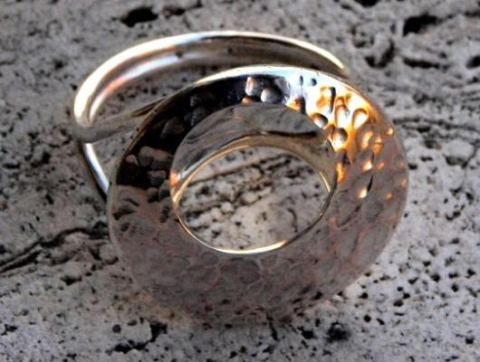Anello in argento con cerchio (cod.AN.AG.19)