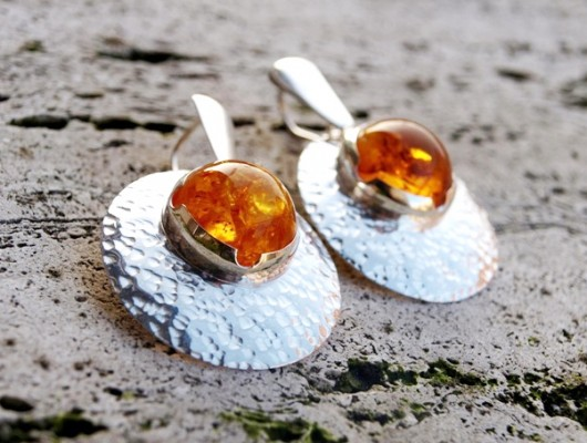Silver concave earrings with amber (cod.OR.AG.41)