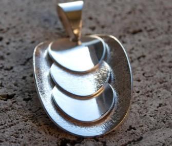 Pendente in argento con tondi (cod.PN.AG.02)