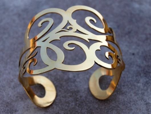 Open brass bracelet with doodles (cod. BR.OT.12)