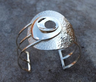 Bracciale in argento con tondi e fili (cod.BR.AG.17)