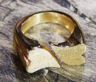 Brass ring with hearts (cod.AN.OT.18)