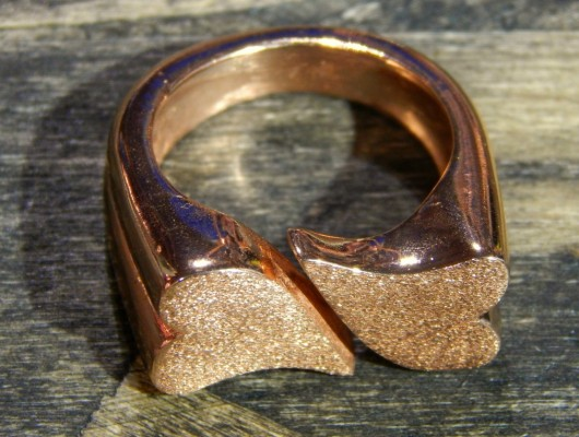 Anello in bronzo con cuori (cod.AN.BZ.18)