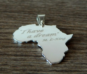 Pendente Africa in argento con frase Martin Luther King (cod. PN.AG.31)