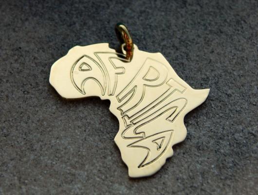 Ciondolo Africa con scritta – grande (cod. PN.OT.23)