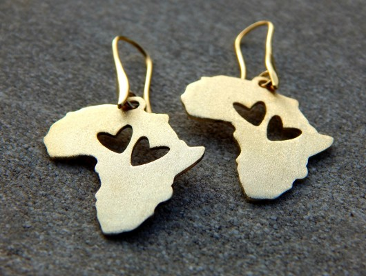 Africa brass earrings – small