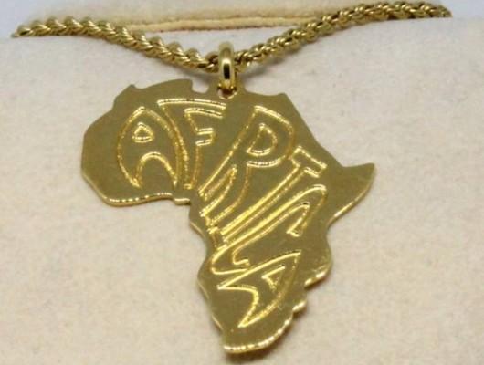 Pendentif Afrique en laiton (code PN.OT.23)