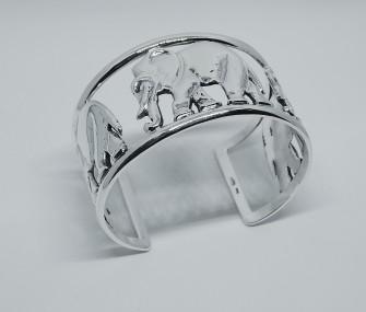 Bracciale in argento con elefanti