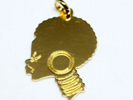 18k gold pendant with an African woman's face (medium size, code PN.AU.04)