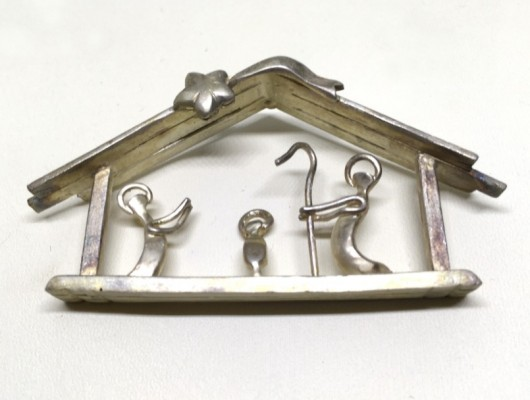 COD 34 – Presepe in argento massiccio a casetta