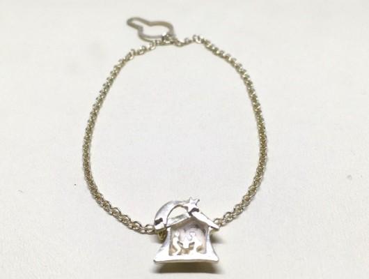 COD 105 – Fermacravatta in argento con presepe