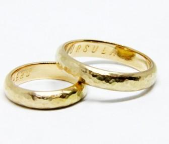BAGUES DE MARIAGE CLASSIQUES martelées (COD. FN.AU.16)