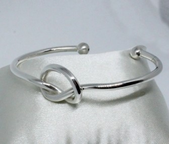 SILVER BRACELET WITH SIMPLE KNOT (CODE BR.AG.32)