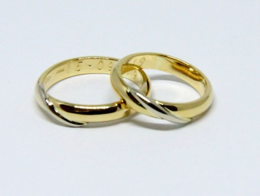MOEBIUS WEDDING RINGS IN WHITE AND GOLD (COD. FN.AU.29)